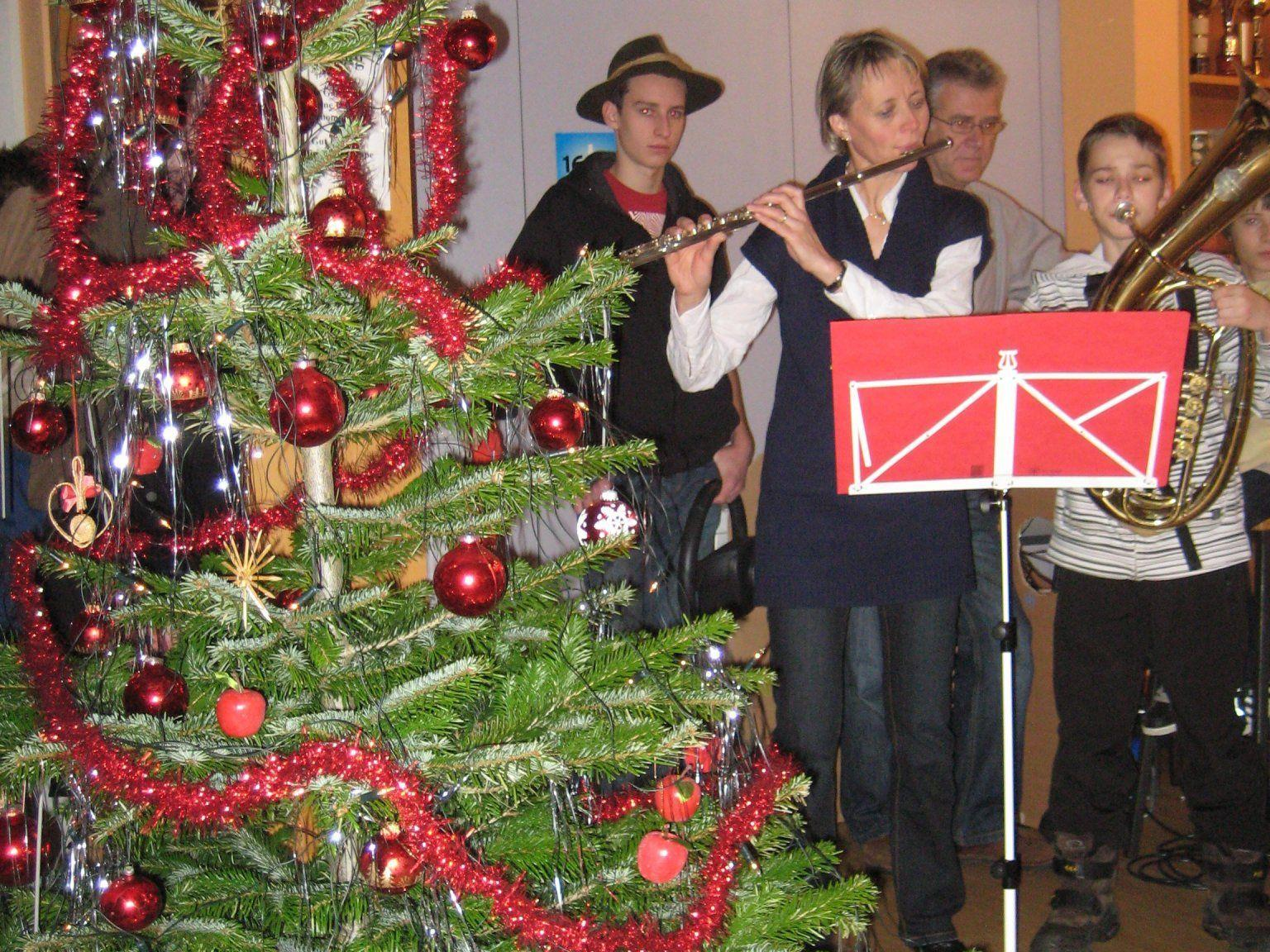 Krippenspiel der Ehrenamtlichen  - Weihnachten für Alleinstehende 2011