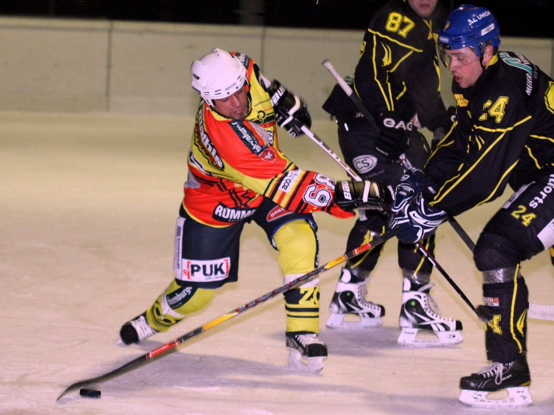 Meister Hohenems gewinnt gegen Montafon knapp mit 5:4-Toren.