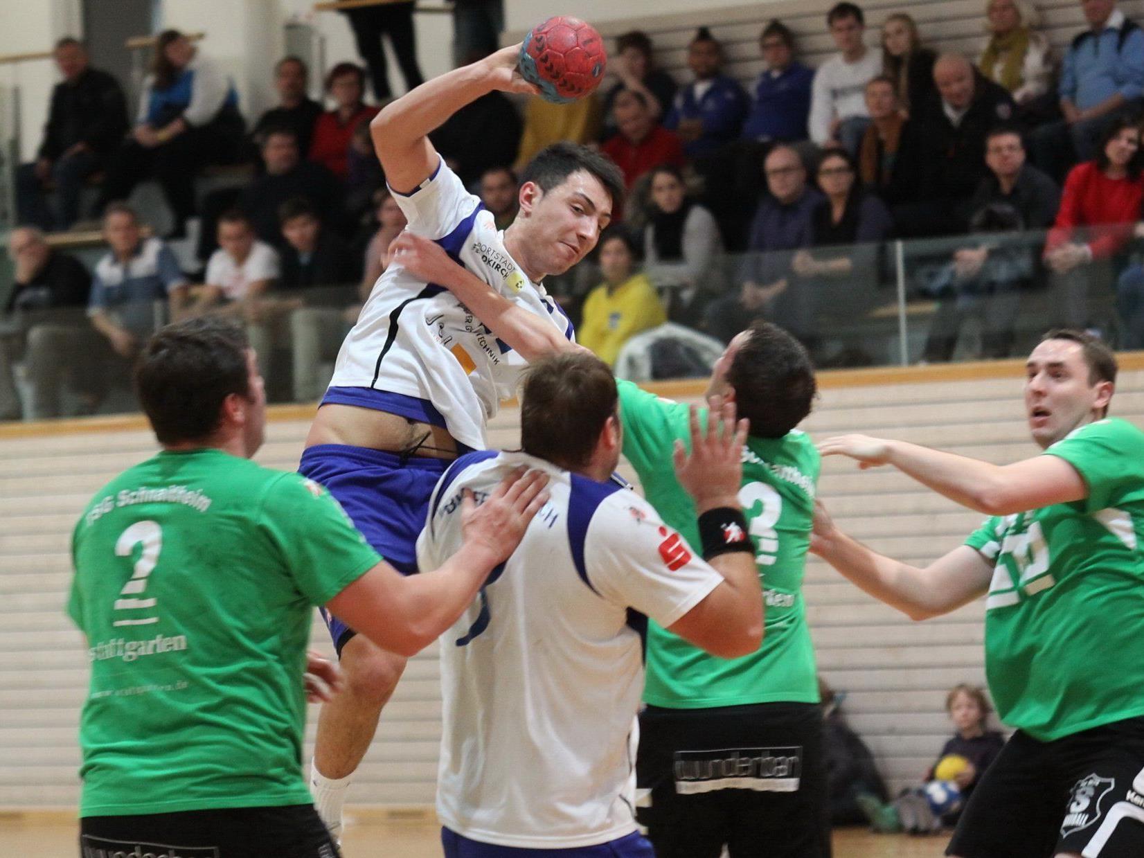 Feldkirchs Handballer siegen im Topspiel ganz klar.
