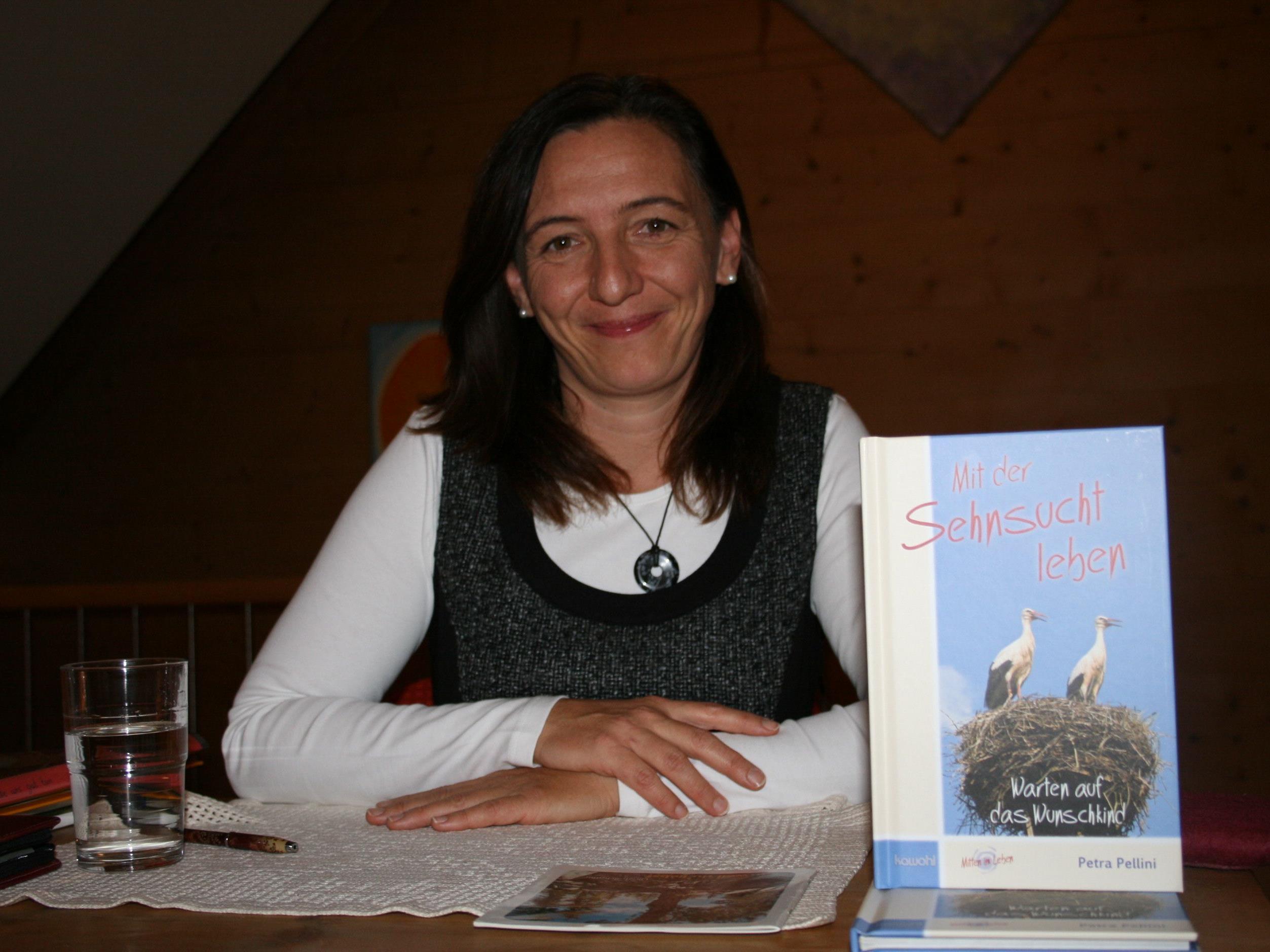 Petra Pellini las in Feldkirch.