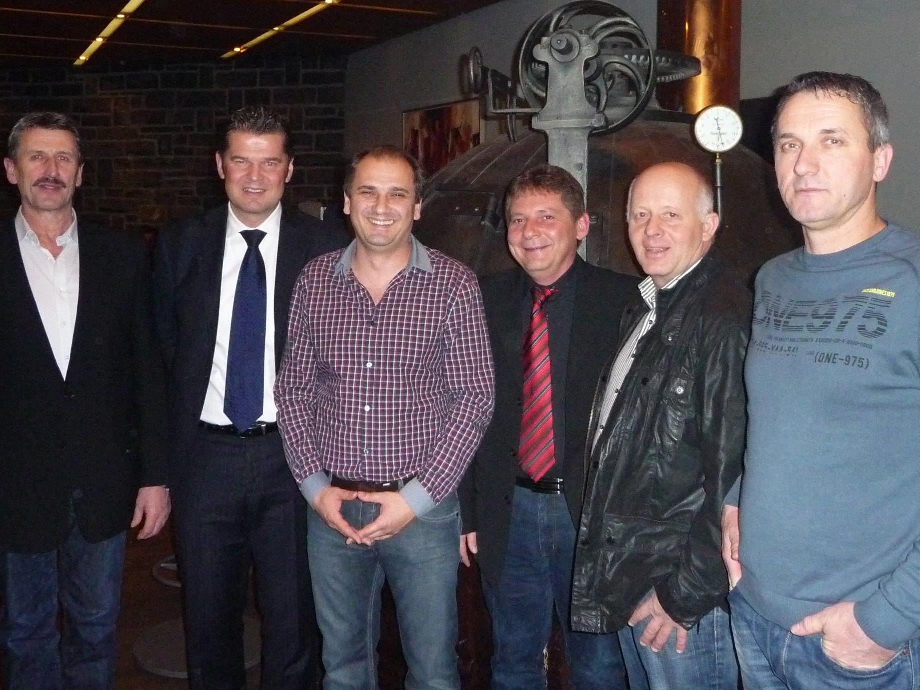 Obmann Reinhard Summer, GF Raimund Wachter, Djuric Zoran, BL Johannes Wehinger, Obmann Stv. Reinhard Hofer, Hirkic Hakija.