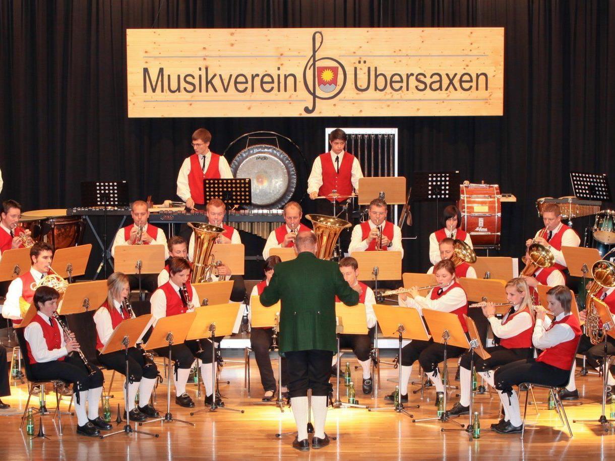 Musikverein Übersaxen beim Herstkonzert 2011