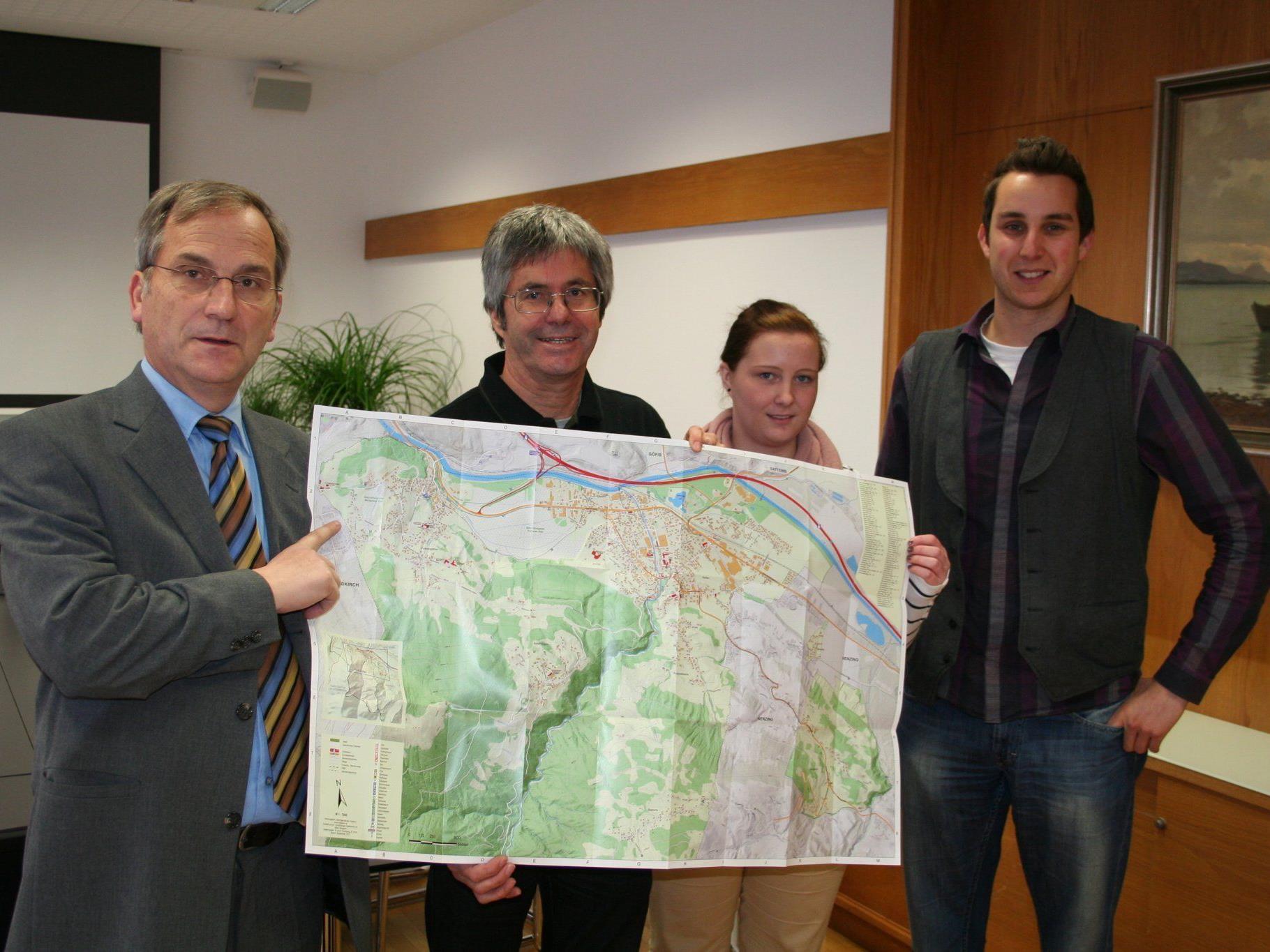 Bürgermeister Eugen Gabriel, Martin Tiefenthaler, Sabine Erath, Christian Neyer.