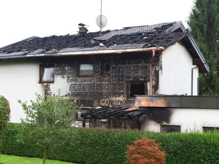 140.000 Euro Schaden: So sah das Haus nach dem Großbrand aus.