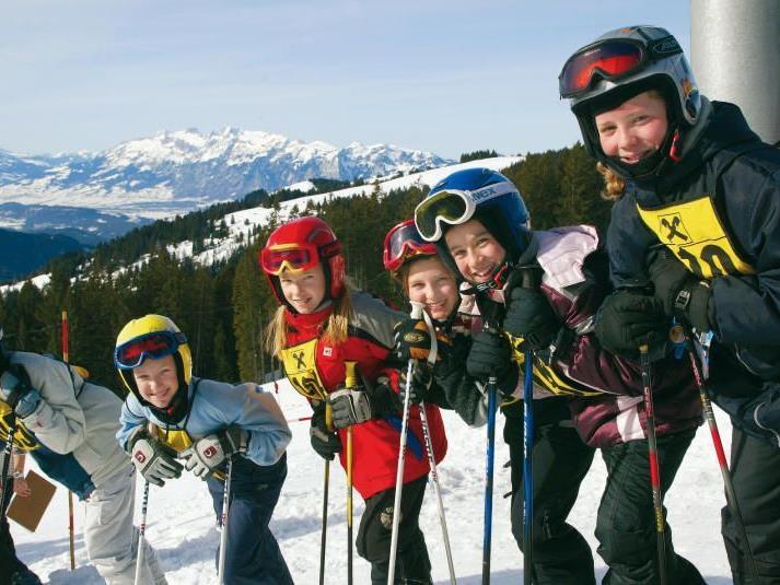 Vorarlberger Skigebiete laden zum Schulskitag ein.