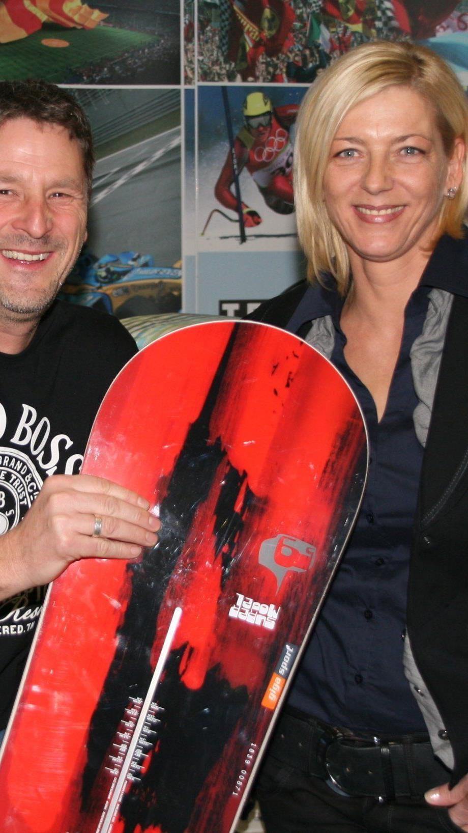 Marketingchef Peter Meusburger mit seiner charmanten Frau Karin sind seit vier Monaten im Dauerstress.