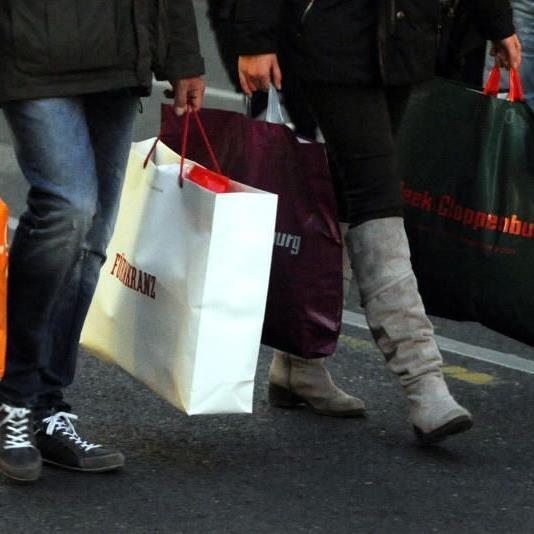 Fleißig gingen die Wiener in ihren Einkaufsstraßen shoppen.