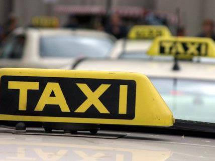 In Wiener Neustadt wurden Taxis kontrolliert.