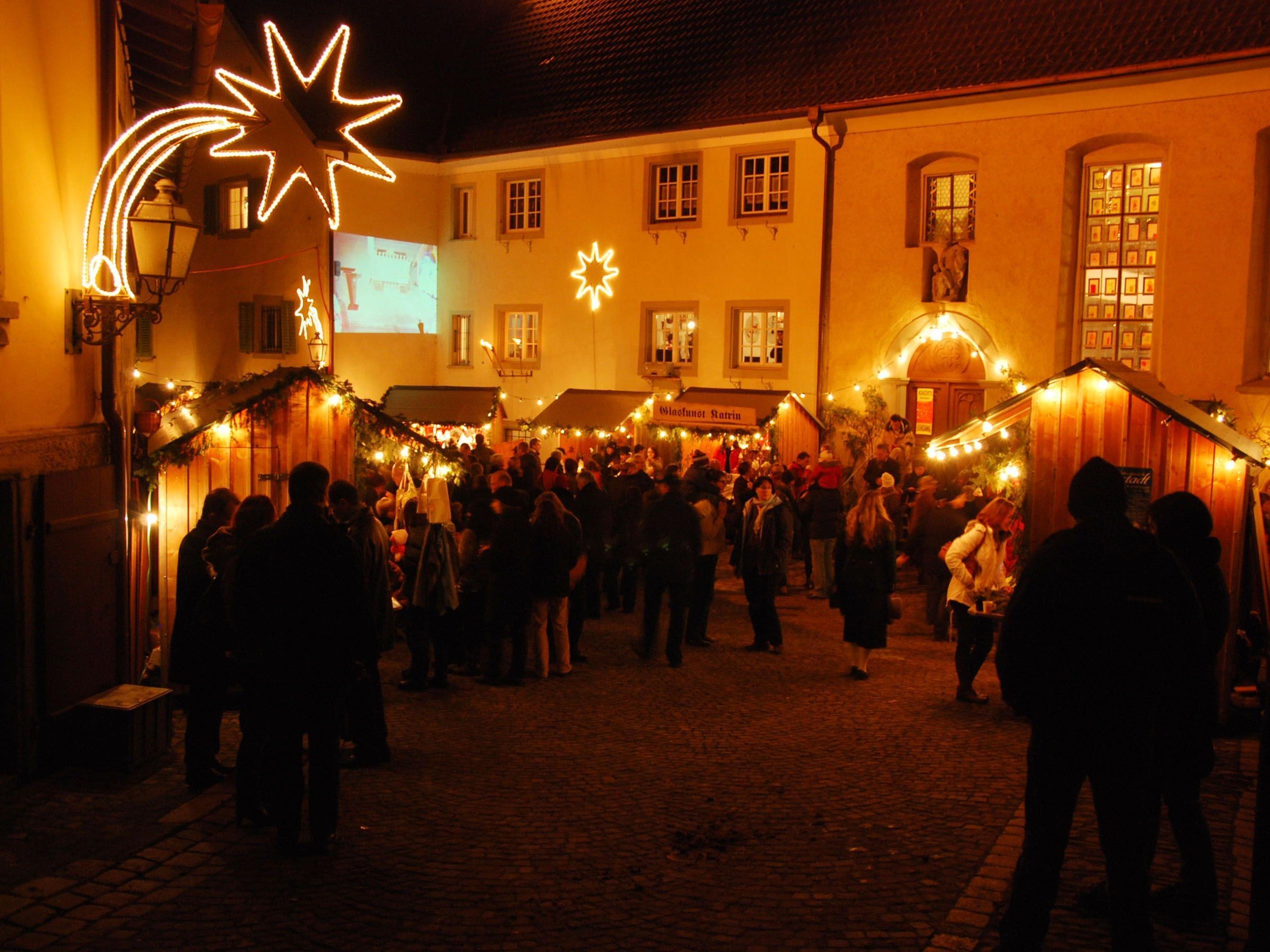 Dieses Wochende lädt der Weihnachtsmarkt in der Oberstadt letztmalig zum Bummeln ein.