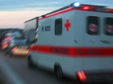 Frau musste in Kärnten ins Krankenhaus gebracht werden nachdem sie brutal zusammengeschlagen wurde
