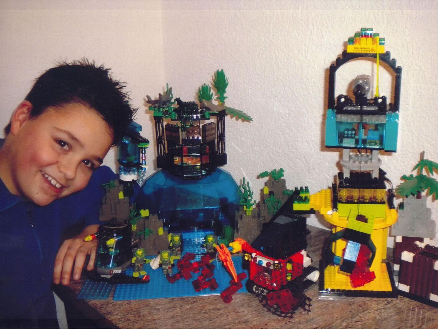 """Patric Schönherr gewann den """"LEGO EinStein""""-Wettbewerb."""