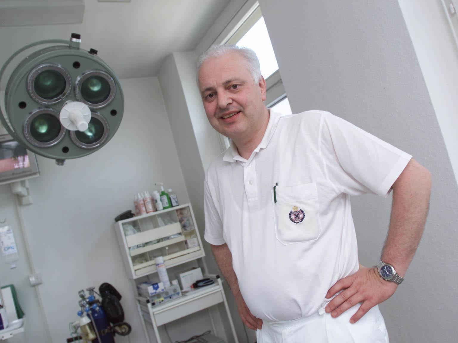 Chirurg Dr. Manfred Ruetzler