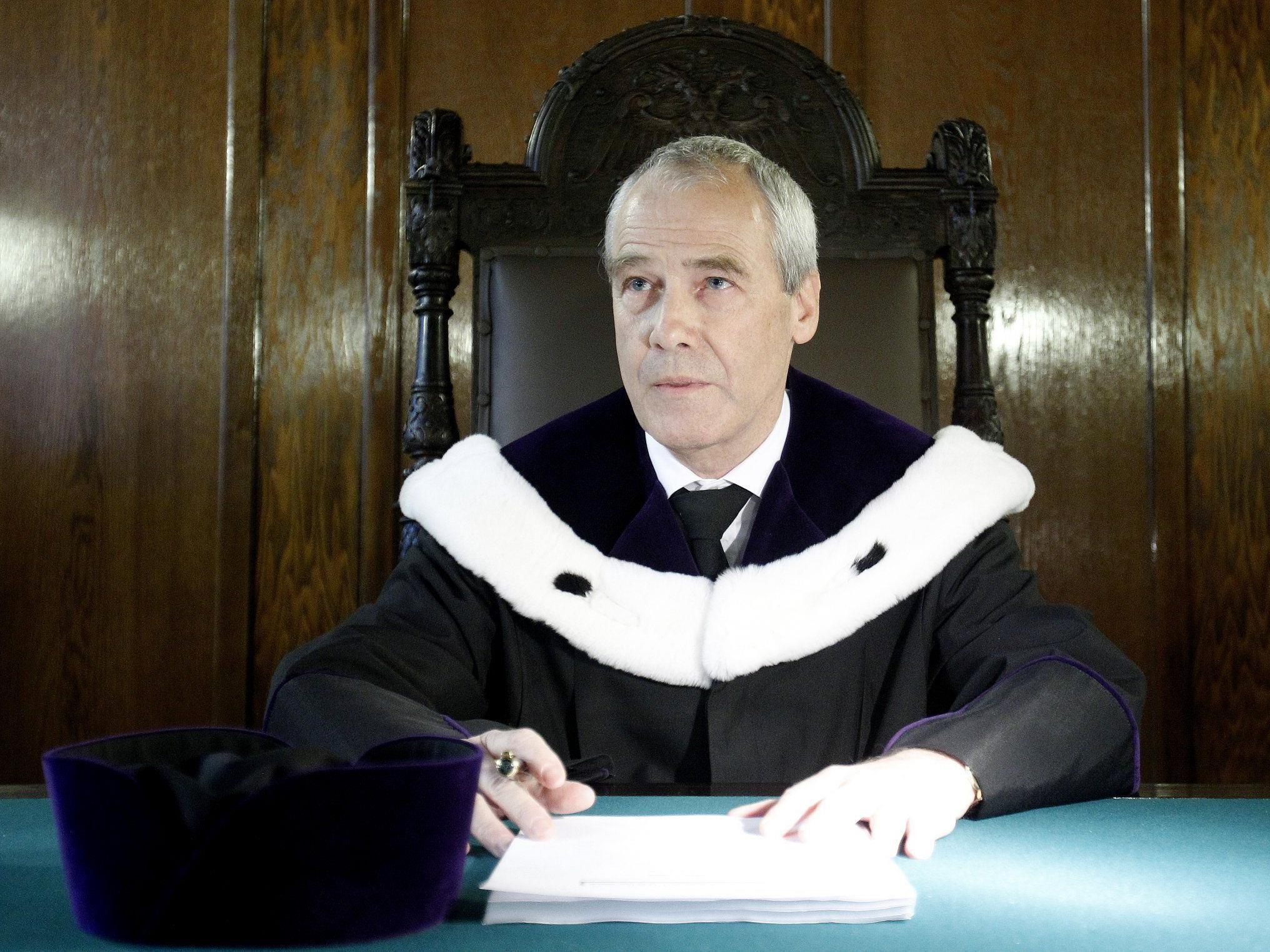 Verhandlungsvorsitzende Eckart Ratz am Donnerstag, 17. Februar 2011, vor der Berufungsverhandlung am OGH zum Fall Herberstein.