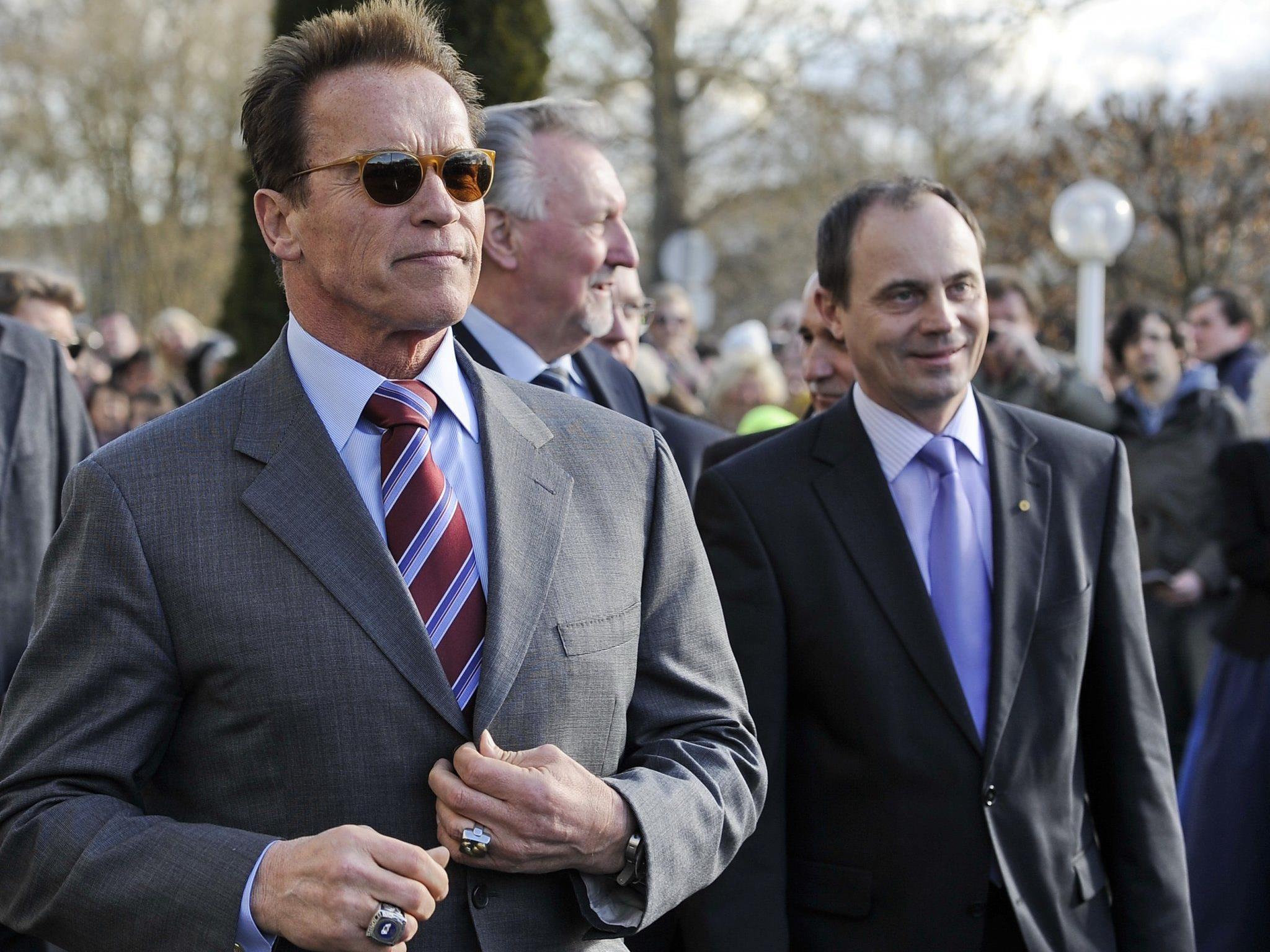Arnold in der Stadt, der Volksauslauf ist sicher