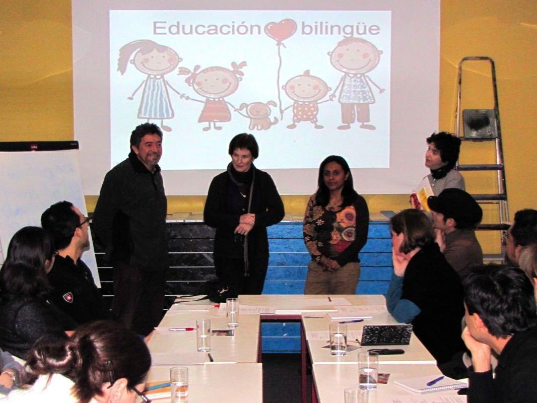 Gérardo Rojas, Elisabeth Allgäuer-Hackl, Pia Ludescher und María José Loyola in der Casa Latina