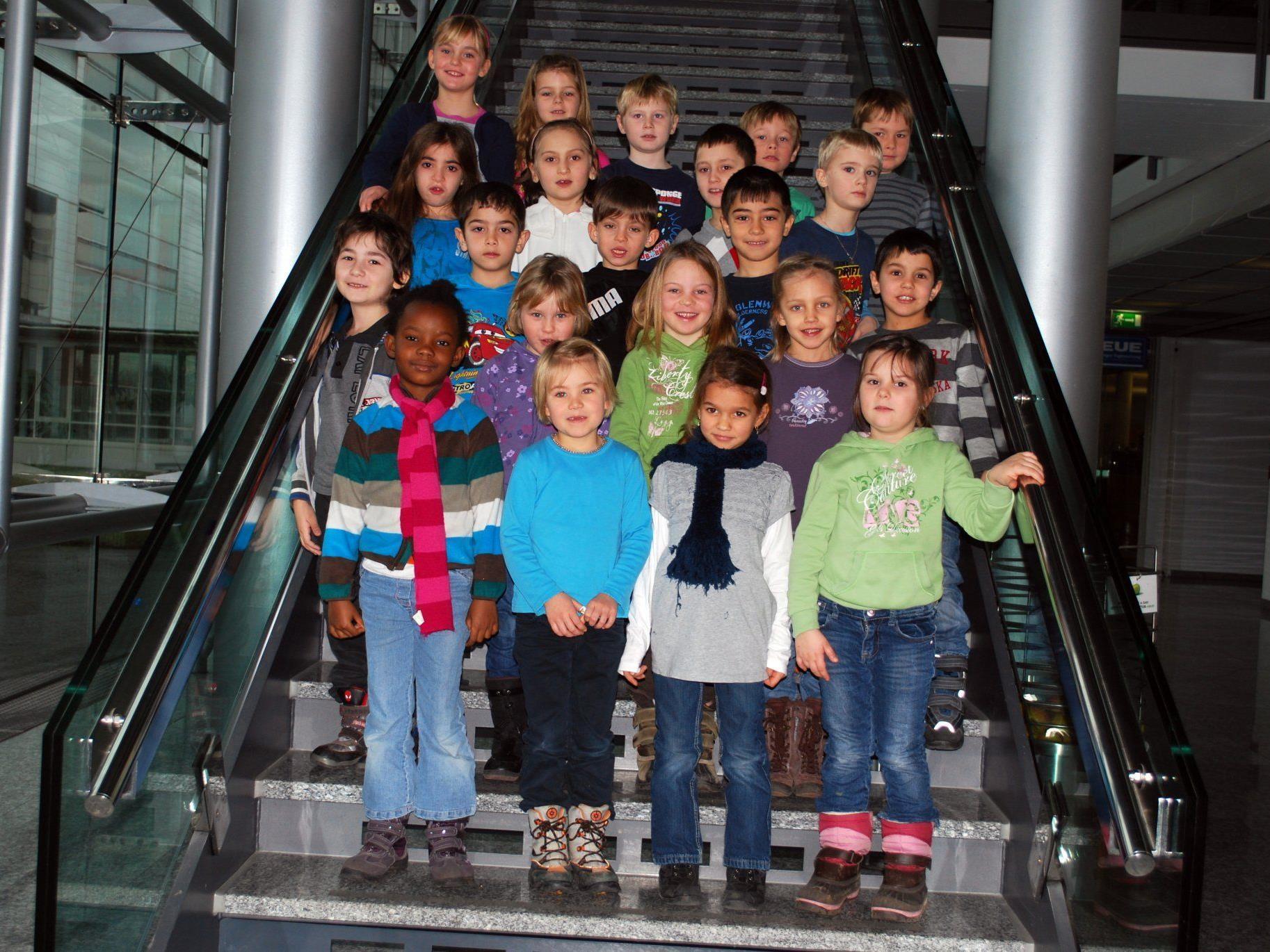 Die 1a-Klasse der VS Mähdle beim Besuch im VMH.