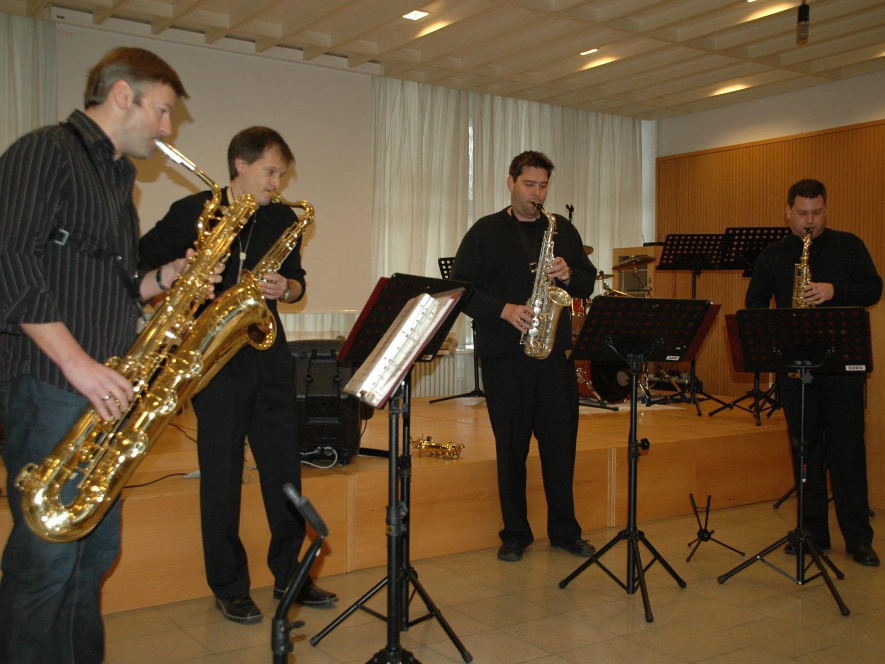 """Das """"Swingwerk"""" unterhielt auch beim Neujahrskonzert 2010 die Besucher"""