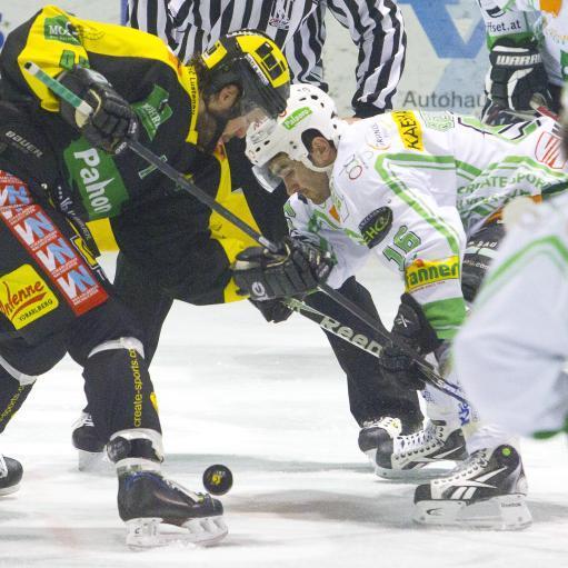Die Zuschauer in der Rheinhalle erlebten ausgeglichene 60 Derbyminuten