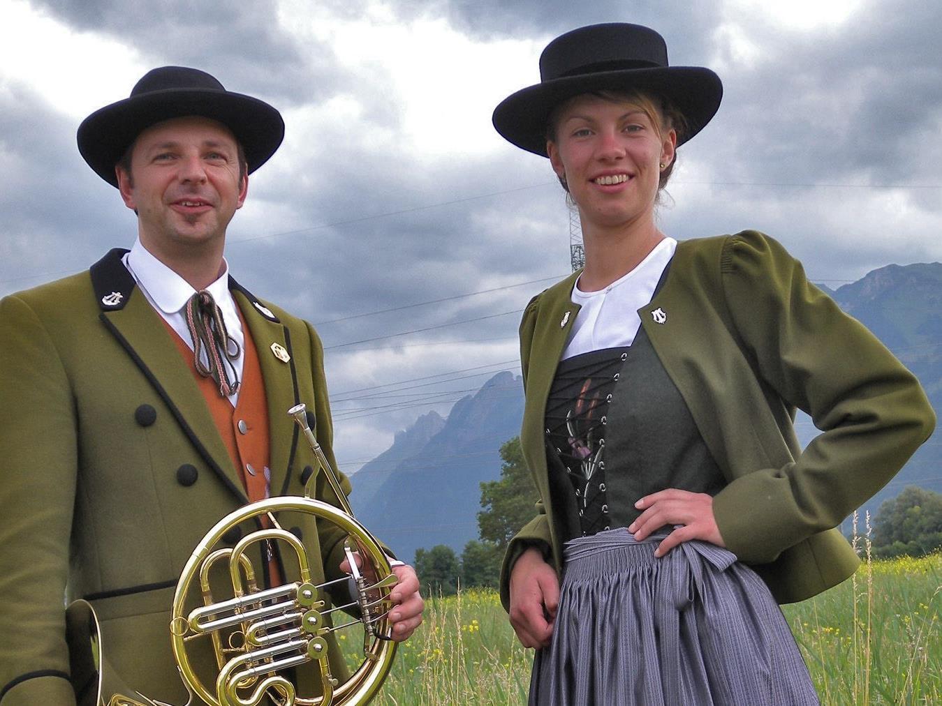 Obmann Gerd Fleisch und Melanie Gohm.
