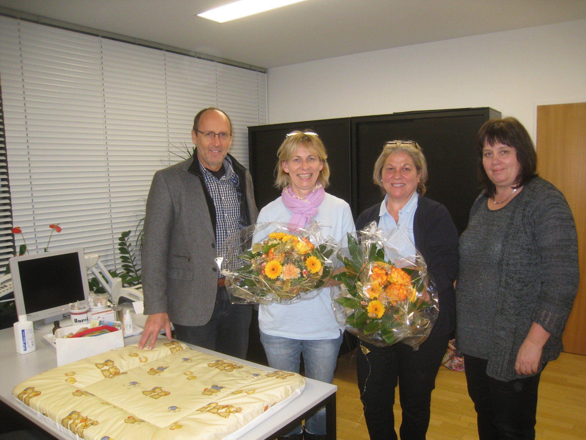 Bürgermeister Xaver Sinz, Margit Adam, Brigitte Neher und Ursula Schmid.