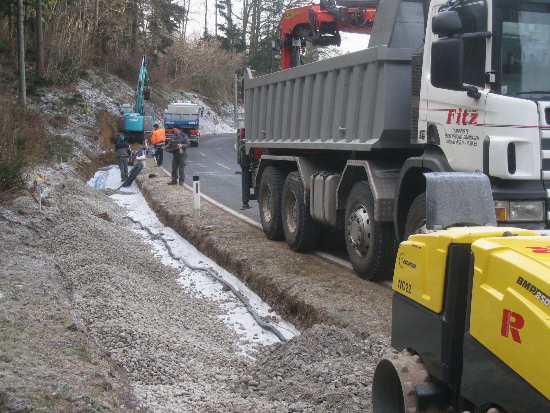 Entlang der Eichenberger Straße soll ein neuer Gehsteig für mehr Sicherheit sorgen.