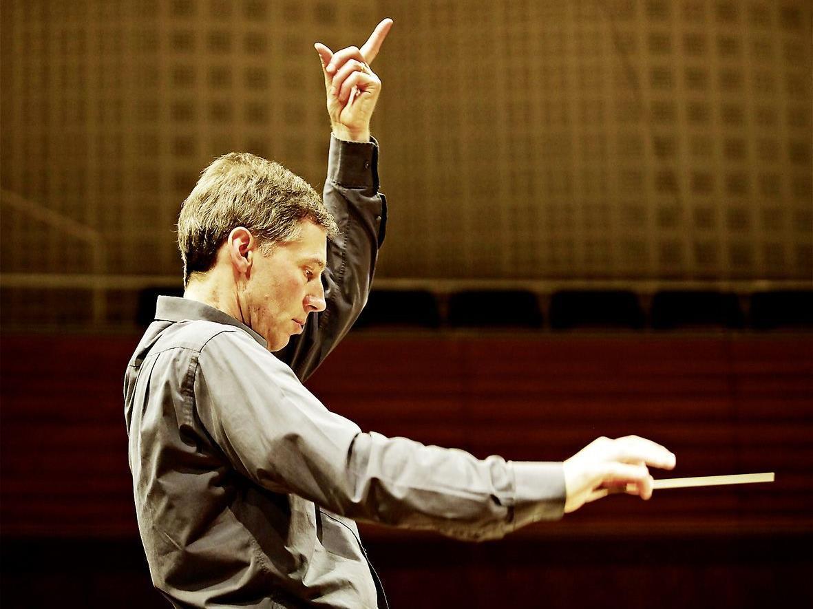 Maestro Robert King und seine Ensembles gastierten in Vaduz.