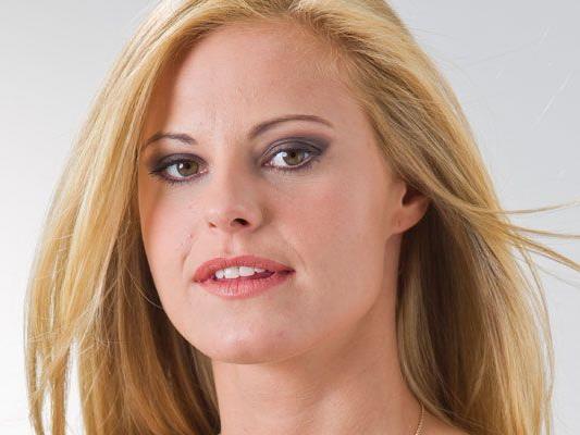 Startnummer 6: Sarah Angela