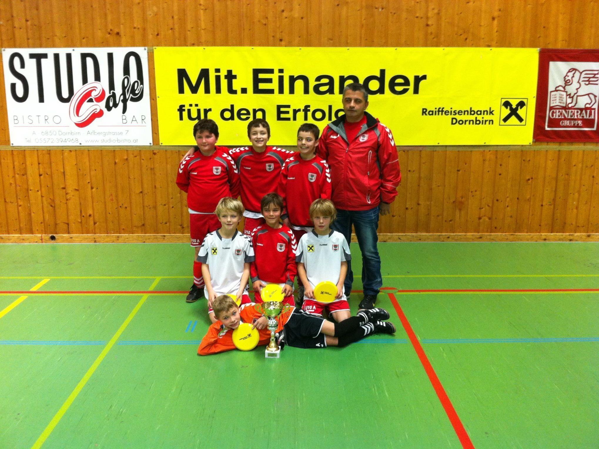 FC Dornbirn U-10 gewinnt das Heimturnier.