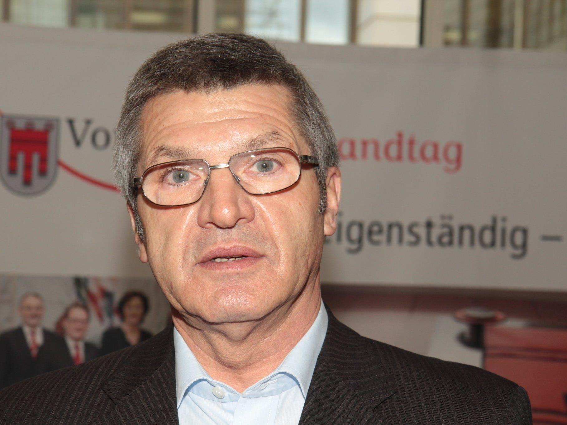 In Bartholomäberg bietet sich die Möglichkeit zum Gespräch mit LR Stemer.