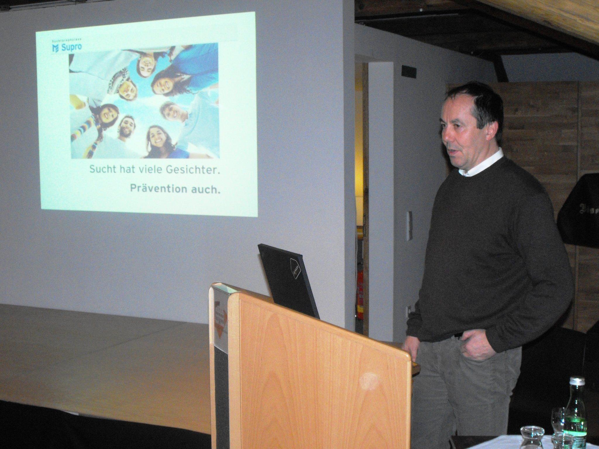 Der Supro-Leiter Andreas Prenn informierte über Suchtmittelkonsum
