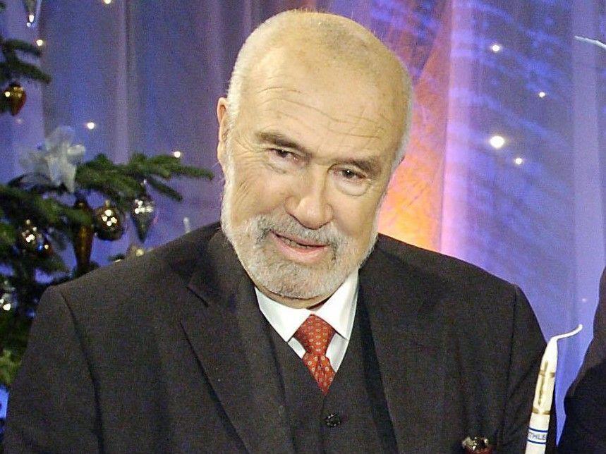 """Ernst Wolfram Marboe während der ORF-Spendengala """"Licht ins Dunkel"""" im Jahr 2007."""