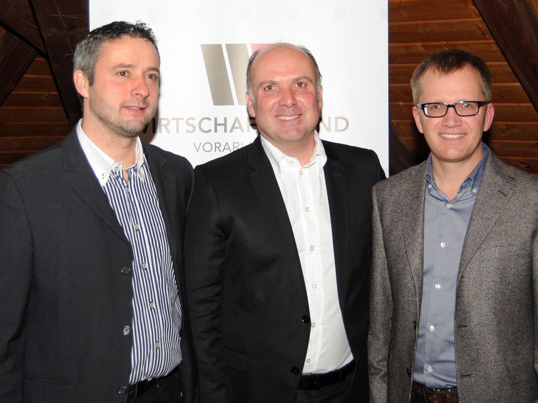 Christian Fröwis, Mag. Dieter Helbok und Markus Bacher vom Wirtschaftsbund Höchst.