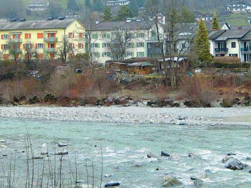 Die kleine Schrebergartensiedlung am Kennelbacher Ufer wird wohl weichen müssen.