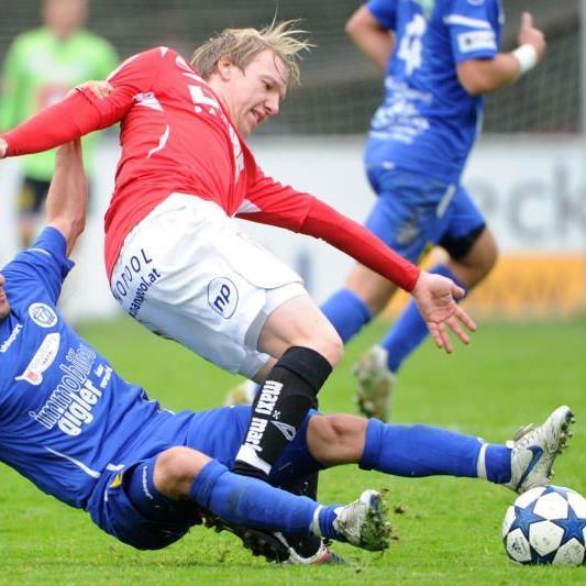 Ahmet Cil (blau) spielt nicht mehr für FC Hard.