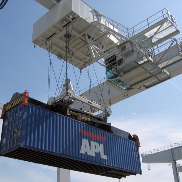 Rekord-Containerumschlag im Hafen Wien