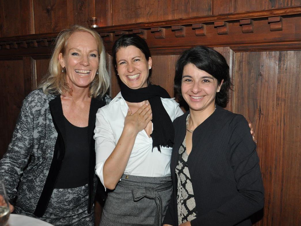 """(v.l.) In Feierlaune die """"Löwinnen"""": Doris, Katrin & Caroline"""