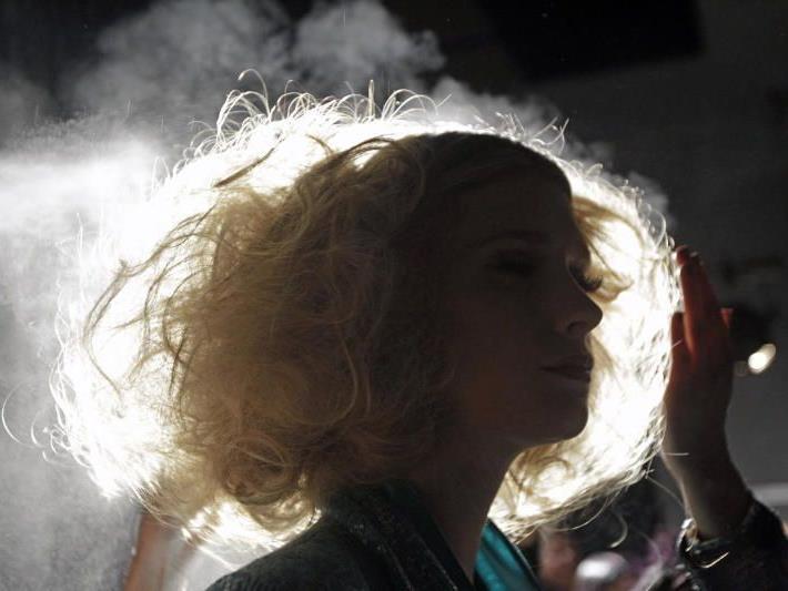 Gepflegte Haare und trendy Frisuren sind nicht nur bei den Stars ein Muss.