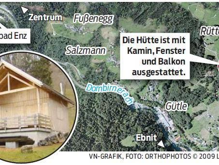 Der Geräte- und Holzschuppen steht in Rüttenen oberhalb von Dornbirn.