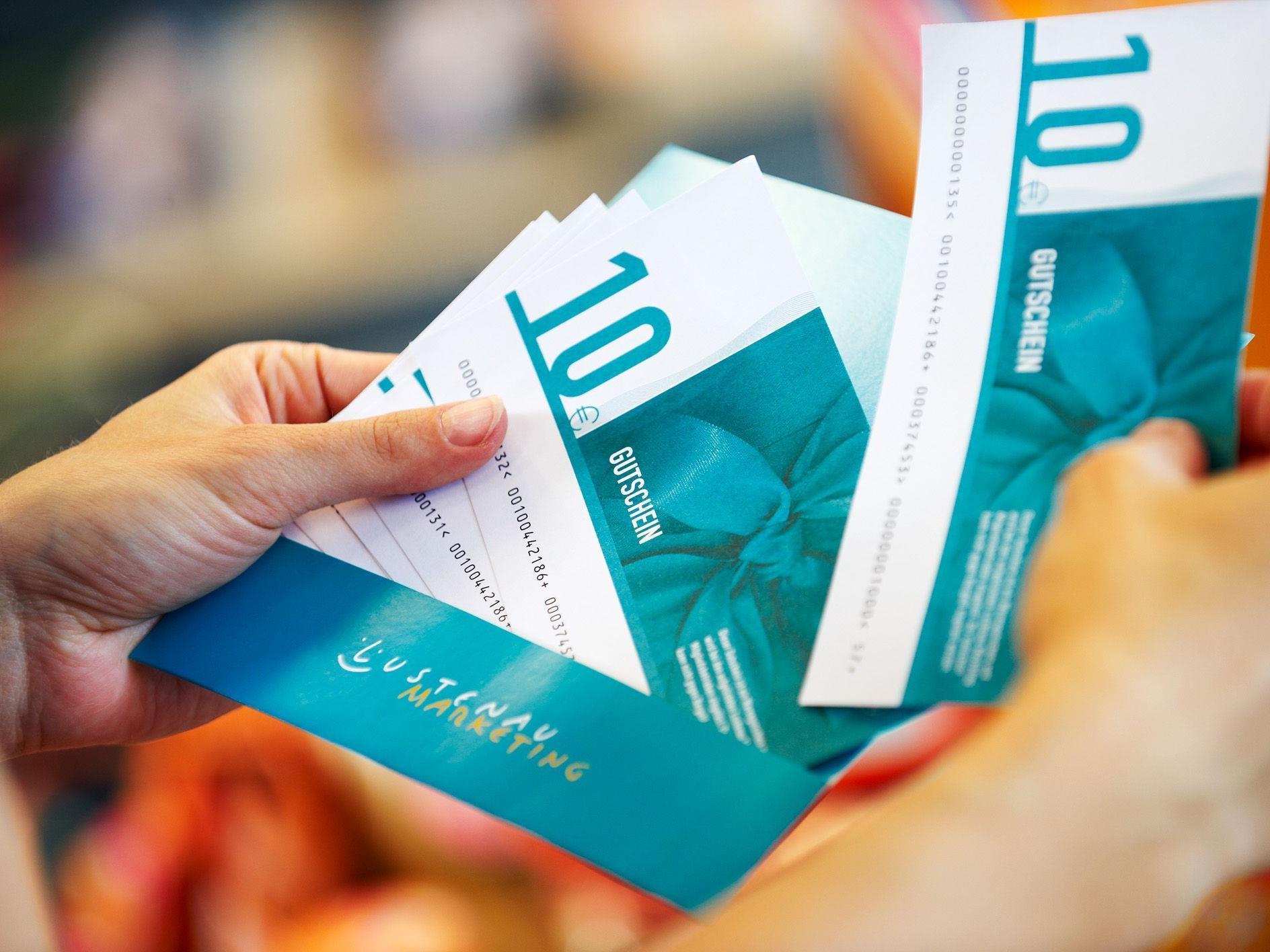 Gutscheine im Wert von über 105.000 Euro wurden im November und Dezember verkauft.