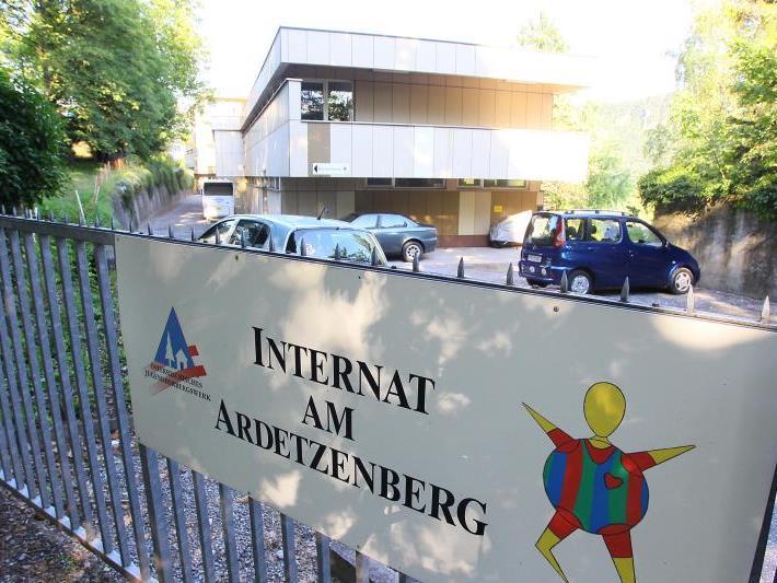 """Das """"Internat am Ardetzenberg"""" wurde Mitte der 1960er-Jahre in Betrieb genommen. Mit Ende dieses Schuljahres werden endgültig die Pforten geschlossen."""