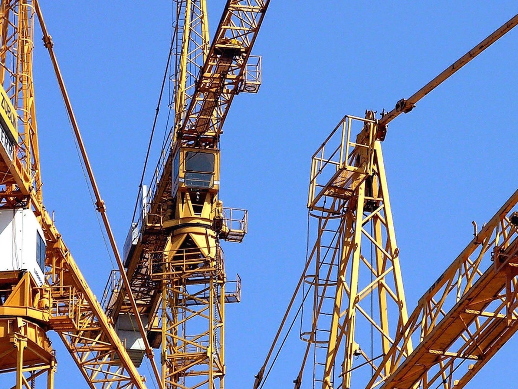 Ein steirischer Arbeiter stürzte auf einer Baustelle in Wien-landstraße 40 Meter in den Tod.