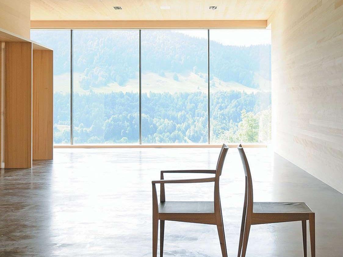 Kulturraum: Ein Tischler im Bregenzerwald baut Raum für Handwerkskunst, Kultur und Philosophie - darin manifestieren sich seine Arbeit und seine Werte.