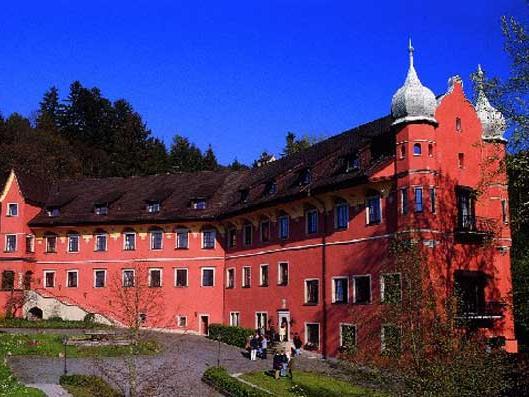 Neues Angebot für Klinische Psychologen und Psychotherapeuten in Schloss Hofen.
