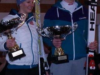 Die Sieger des Silvesterlaufs in Riefensberg Elisabeth Kappaurer und Martin Bischof
