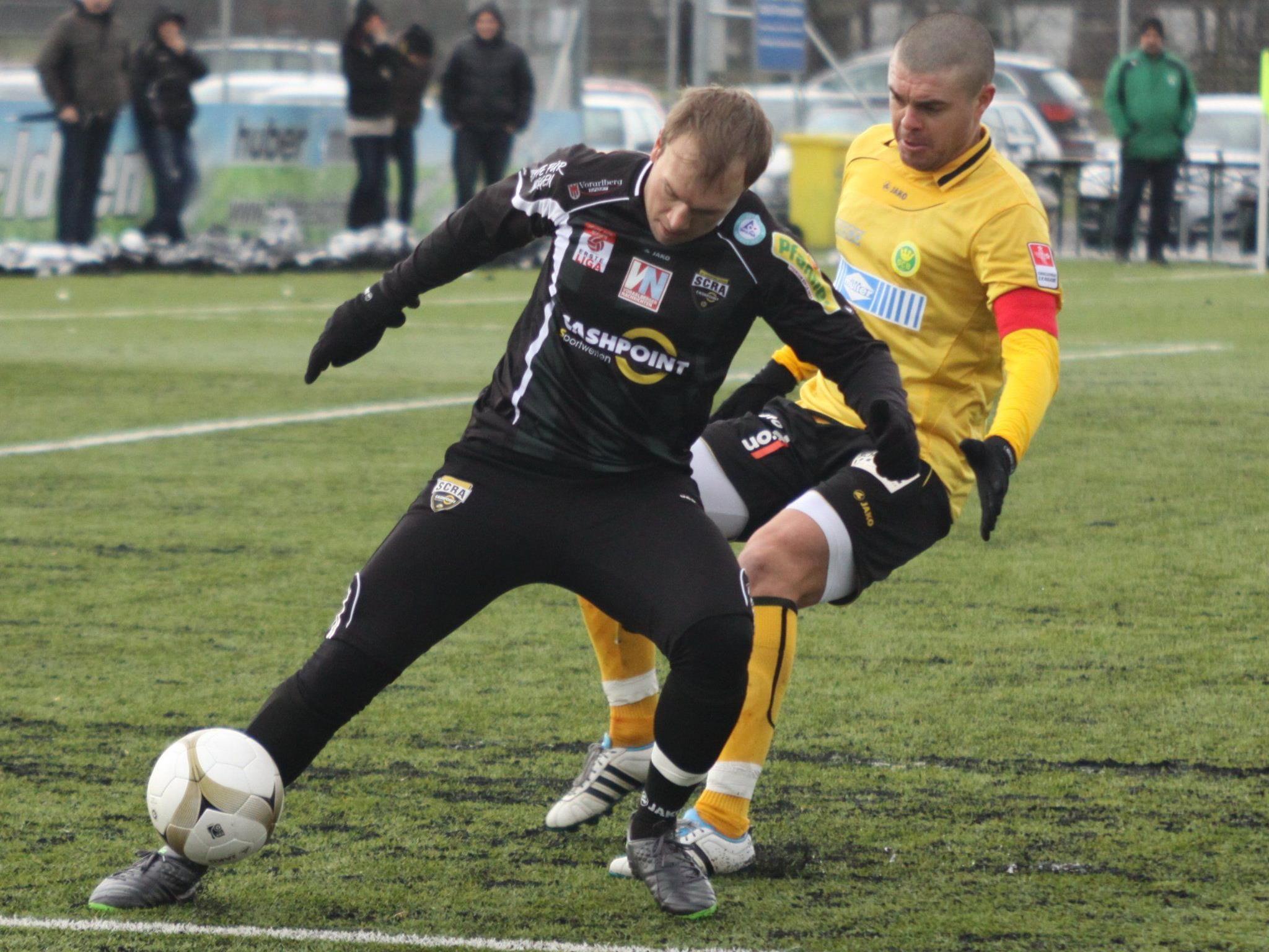 Patrick Seeger spielt 45 Minuten, aber blieb ohne Torerfolg.