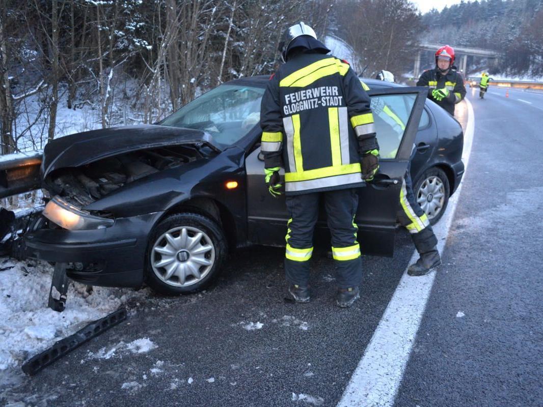 Gleich zwei Unfälle ereigneten sich am Donnerstag auf der S6 bei Grafenbach.