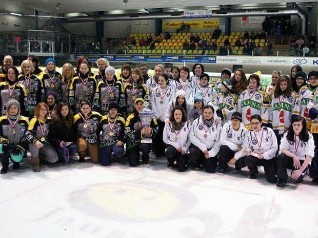 Die Damenmannschaften aus Lustenau und Feldkirch