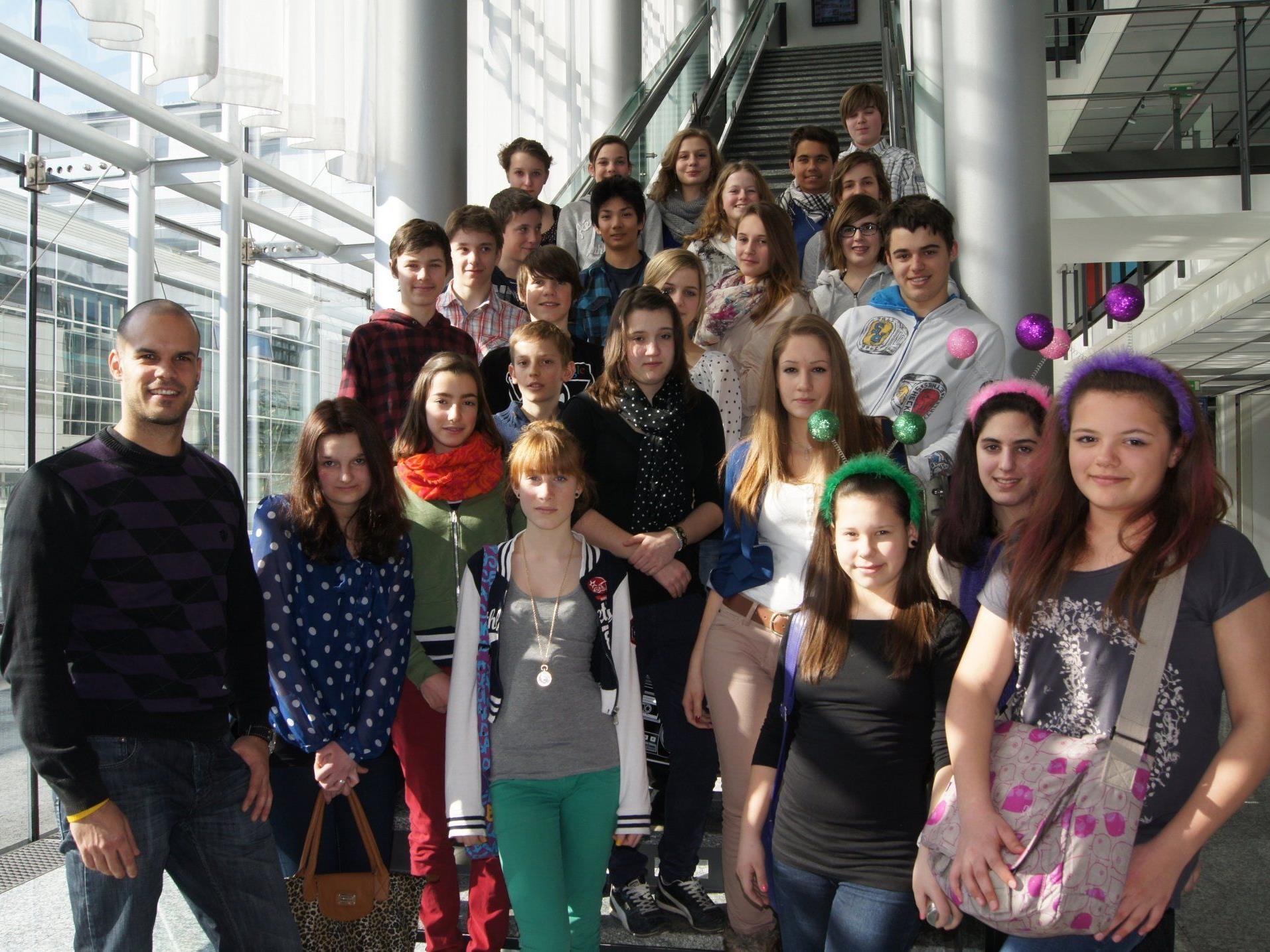 Die Schüler der 4c-Klasse des BG Feldkirch Schillerstraße beim Besuch im VMH in Schwarzach.