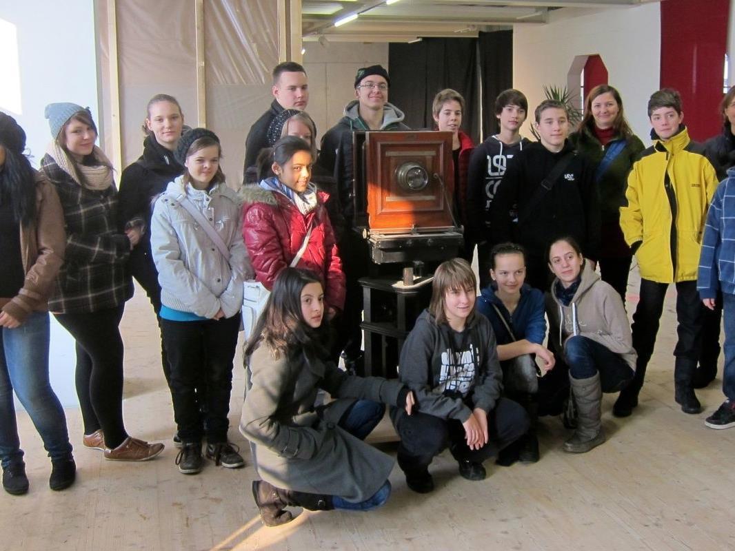 Schüler der VMS Lauterach im Foto- und Filmmuseum