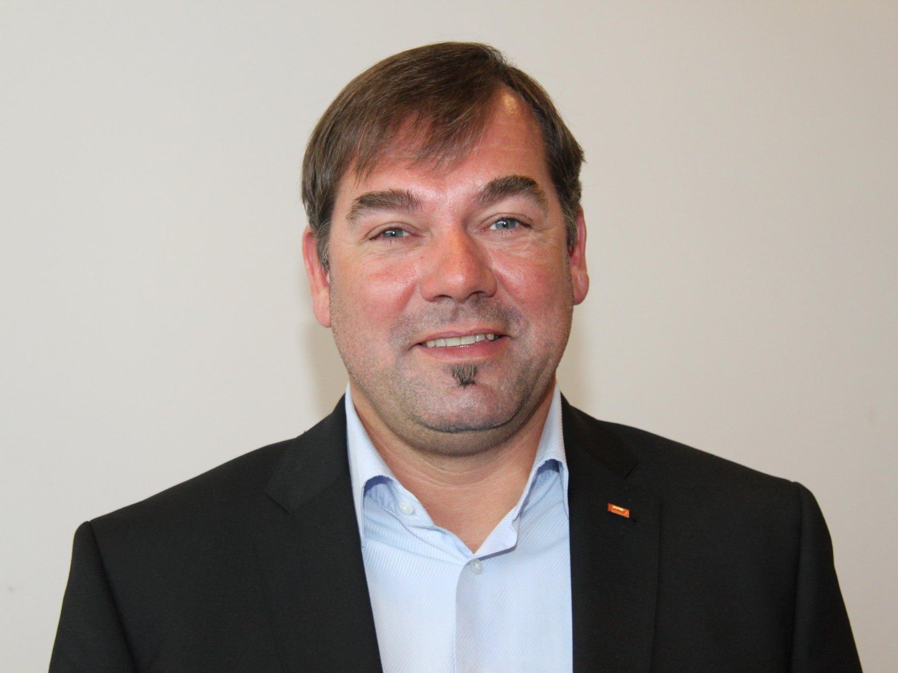 """BZÖ-Nationalratsabgeordneter Hagen sieht """"gewaltiges Sparpotenzial""""."""